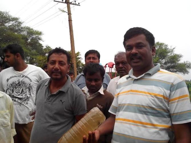 M Ramesh of Ramagondanahalli and Srinivas of Mavallipura tell they will not let a single garbage-laden truck enter the landfill.